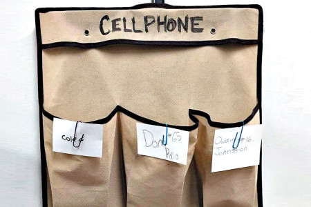 Answering the call to ban cellphones in the classroom