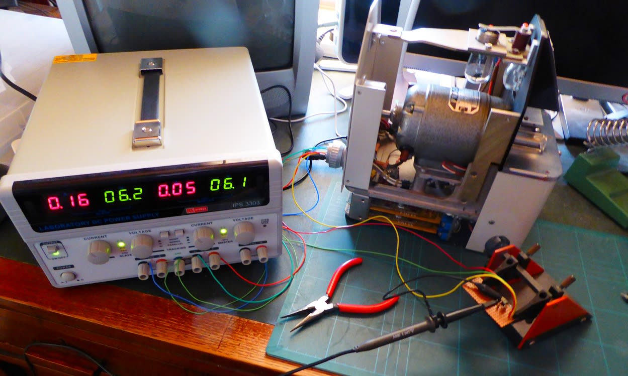 Testing the output of a level-changer circuit