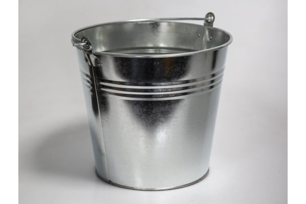 Product image for 12 LITRE GALVANISED BUCKET