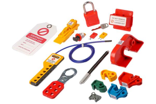 Product image for Martindale 12 Lock 6mm Shackle Plastic, Steel Lockout Kit