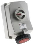 Product image for RED IP67 3P+E SWITCHED INTERLOCK SKT,63A