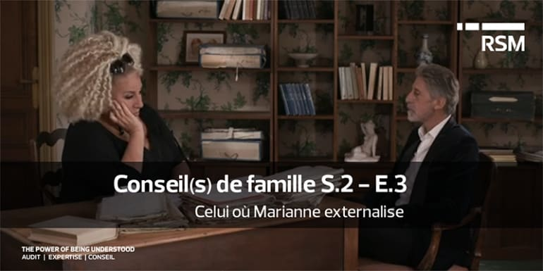 Celui où Marianne externalise.