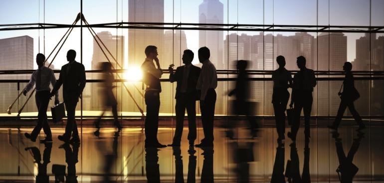 Mensen die samenwerken