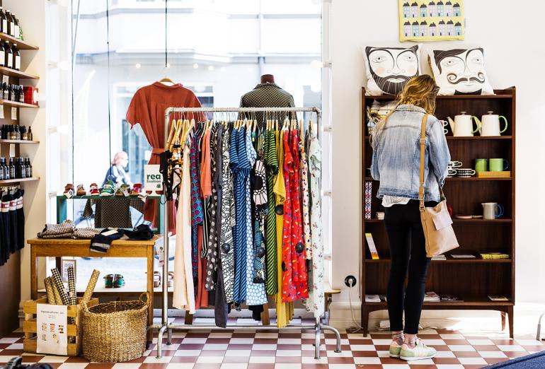 Forslag om å fjerne 350-kroners grensen for mva-fritak ved innførsel av varer
