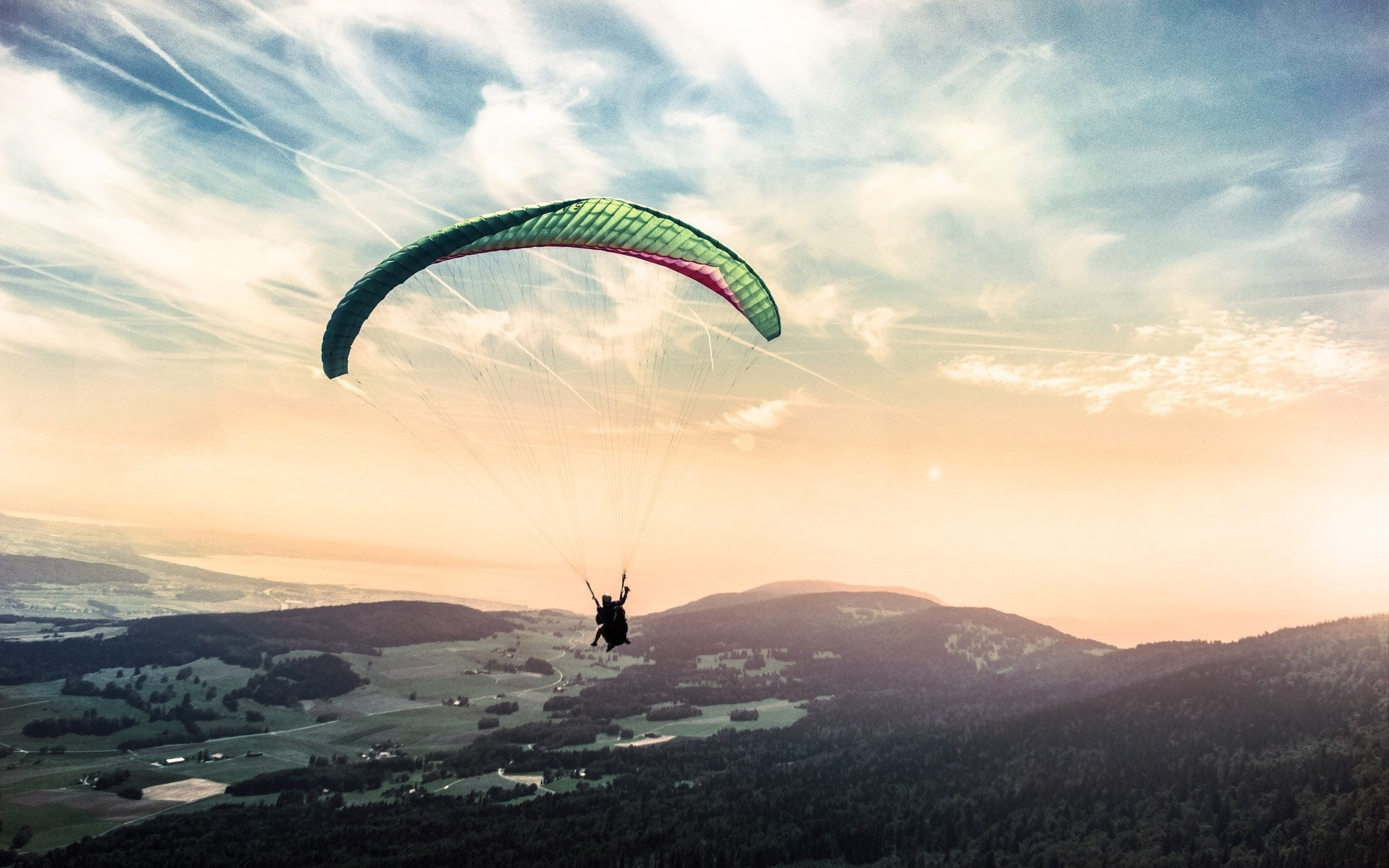 public://media/canva_-_extreme_paragliding_in_nature.jpg