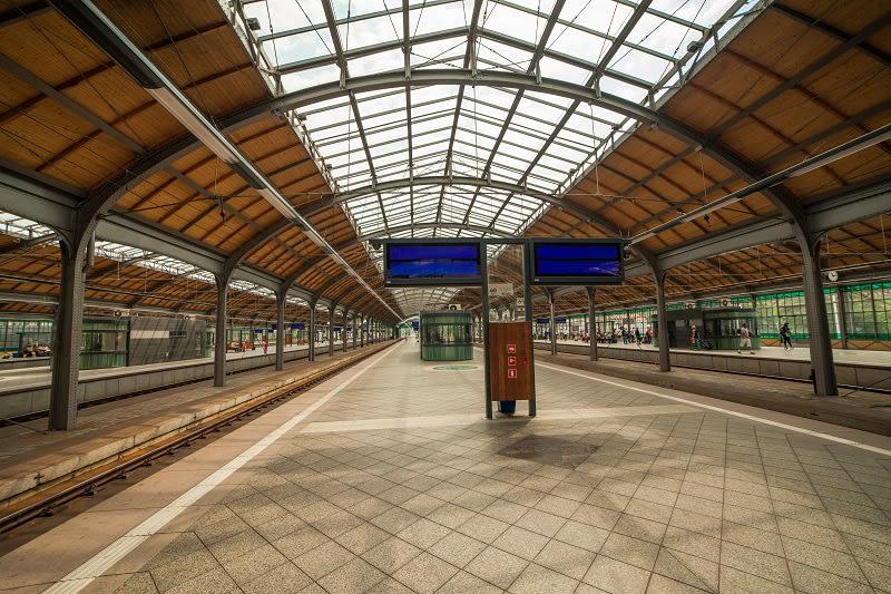 public://media/Stock photos 800 width/train_station.jpg