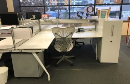4 Desks to share in our office