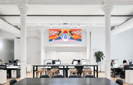 Hot Desk Beautiful Creative Space
