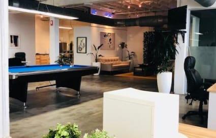Great Open Plan Office - Desk Space