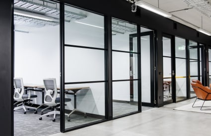 Gorgeous Office for 4+ RICHMOND