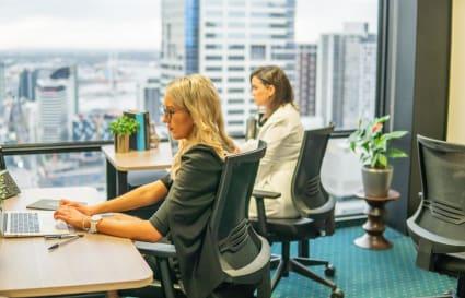 6 Person Collaborative Workspace