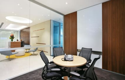 4 Person Private Meeting Room