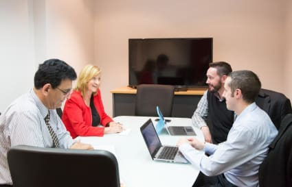 4-6 Person Meeting Rooms