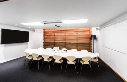 Large Meetings in Style