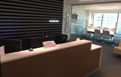 5 Desks in professional CBD office