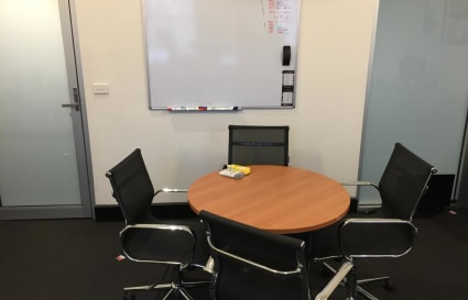 Private Office for up to 6 people