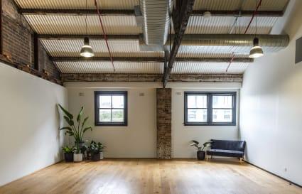 Studio   Meeting Room, Seminar, Workshops etc.