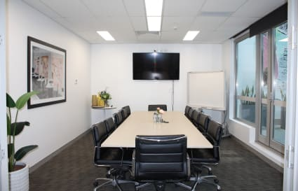 Co-working desk in the heart of Double Bay