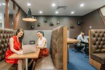 Desks for rent 71 Eagle Street Brisbane, QLD