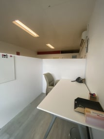 Desks for rent 43 Price Street Nerang, Qld