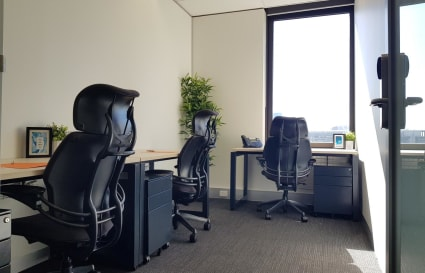 External 3 Person Private Office