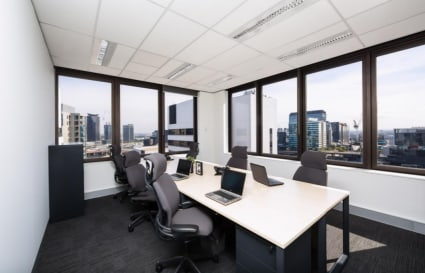 External 4 Person Private Office