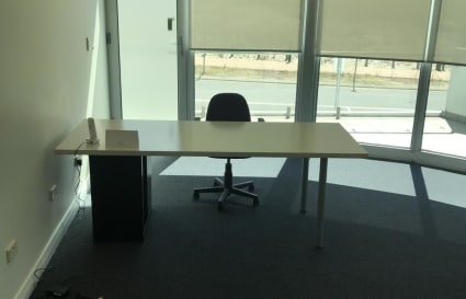 Modern office space to share