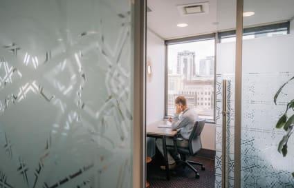 Unique 1 Person Office