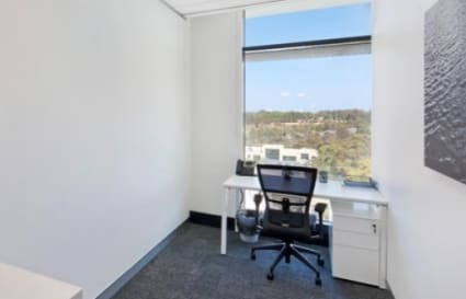 Modern Office Space for 1