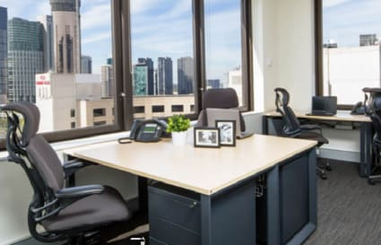 5 Person private office with the external views of the City