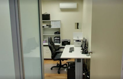 Private Office with FAST Internet