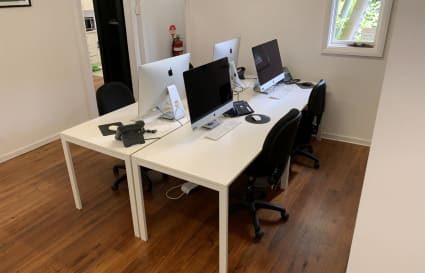 Desks for rent in Boutique Office