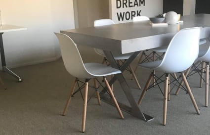 Office Room to Rent