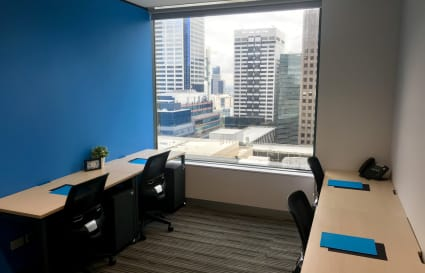 4 Person city view private office