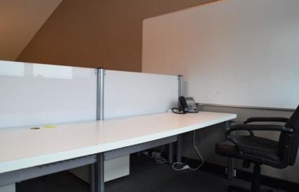 4 Desks for Rent in Alexandria