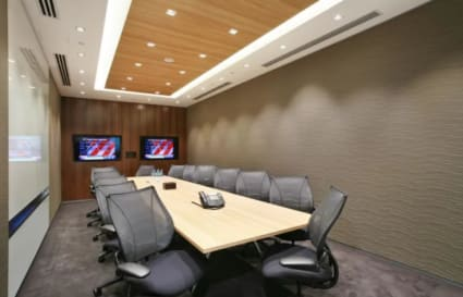 Private office space for up to 17