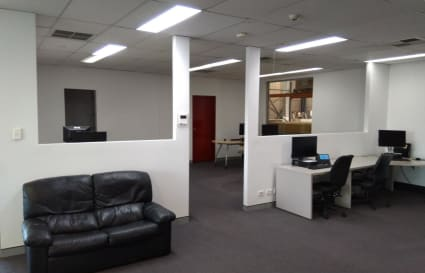 Tidy Office area in Quiet Level