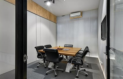 6 Person Meeting room in Richmond