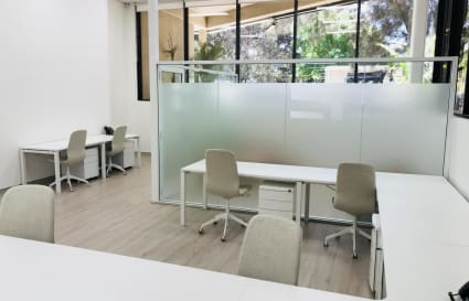 15 Person office in Alexandria