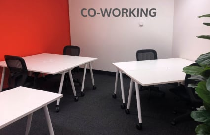 Up to 8 co-working desks in Adelaide