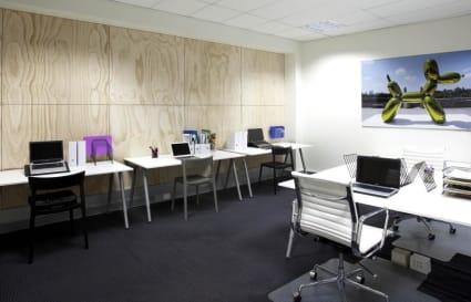 5 Desk Spaces