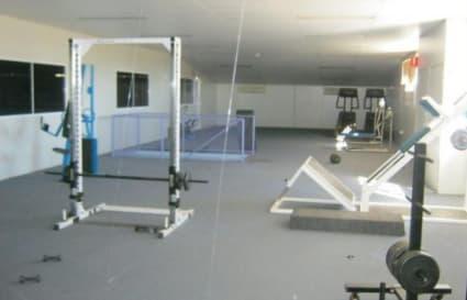 Large vacant space above RedDoor
