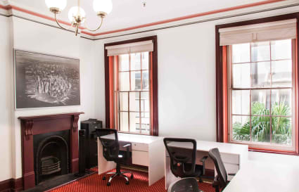 Large private office for up to 6