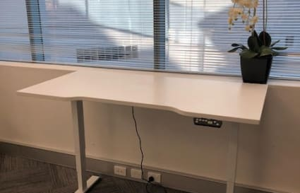 Coworking desks in Manly