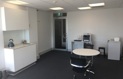 Shared office - 3 dedicated desks available
