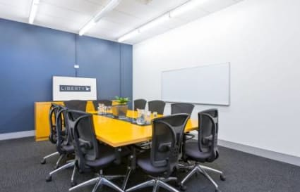 Internal private office for up to 5