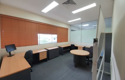 Large Secure and Private Windowed Service Office