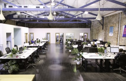 Desks to lease - Vibrant, creative warehouse space.