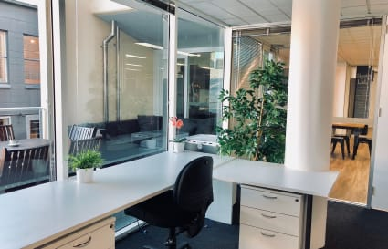 Permanent Desks in Professional Coworking Space - Fortitude Valley