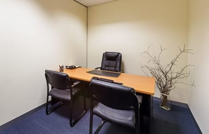 Internal private office space for 4